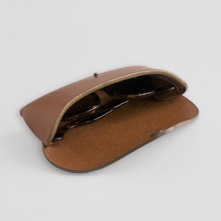 Tab Eyewear Case